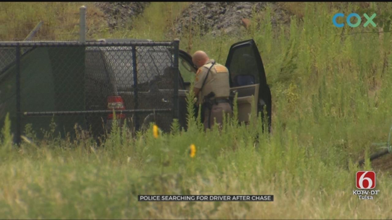 Suspect Gets Away After Tulsa Pursuit, Crash