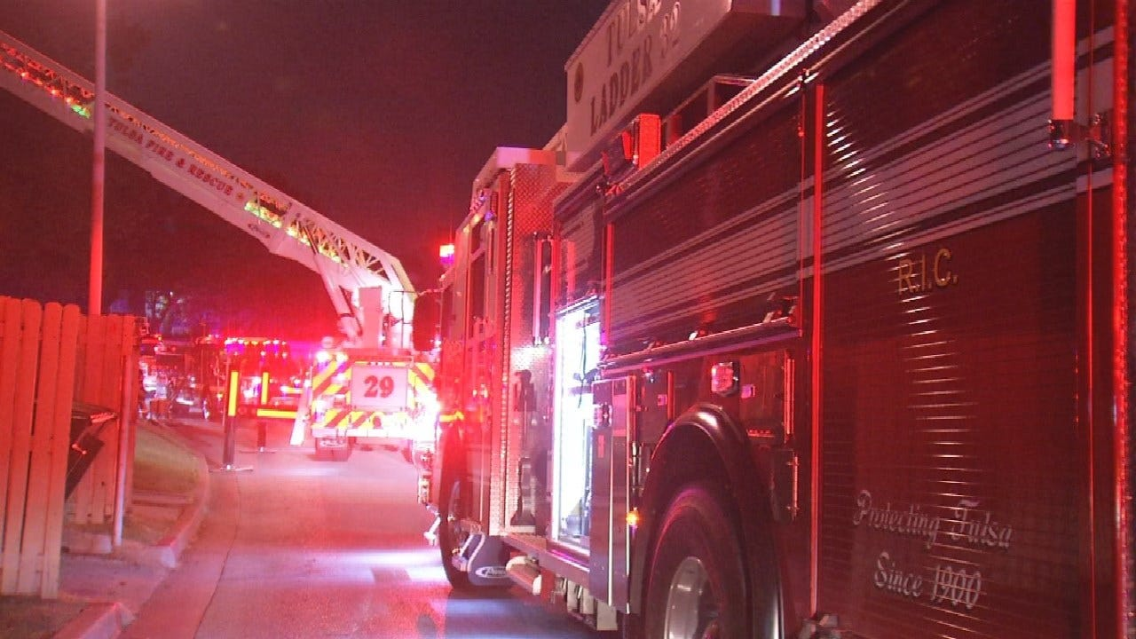 No Injuries Reported In Fire At Tulsa's Willow Creek