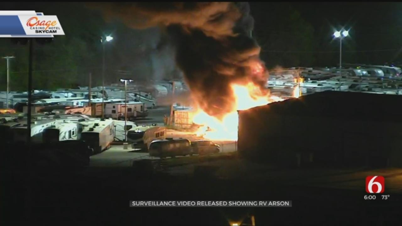 Video Shows Pair Of Arsonist Start Bob Hurley RV Fire