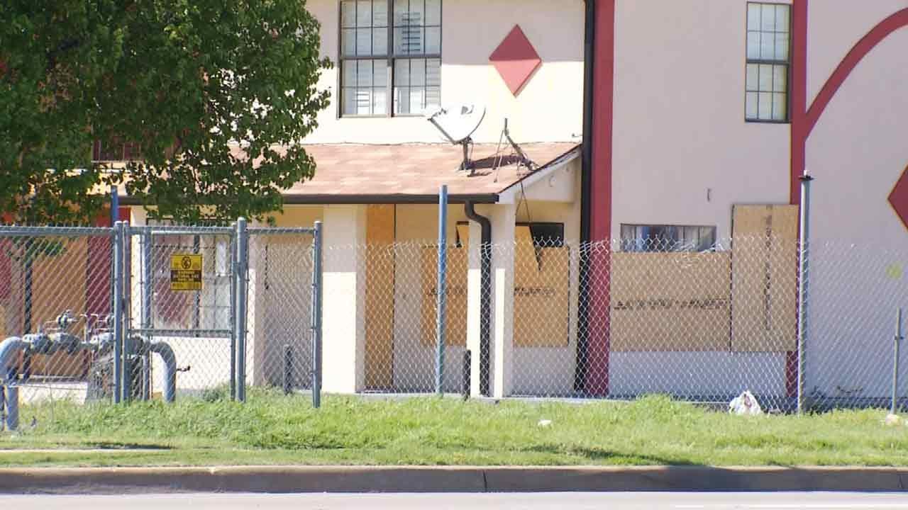 City Of Tulsa Cracks Down On High Crime Motels At 11th & Garnett