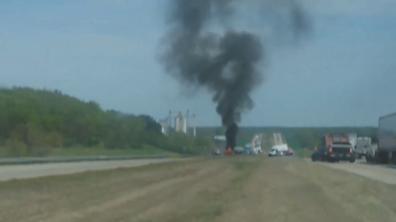 Viewer Video Of Double Semi Wreck On Highway 412 In Rogers County