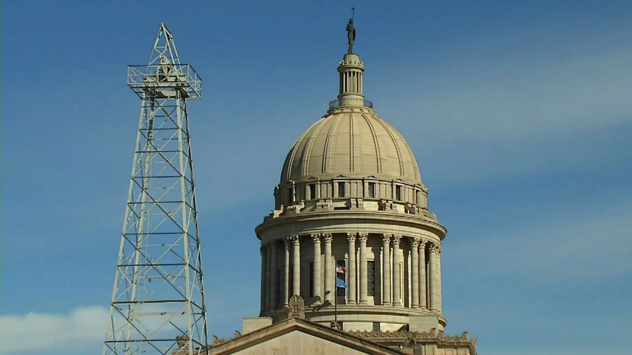 Unpopular Ex-Law Beefs Up Pension Of Elected Oklahoma Officials