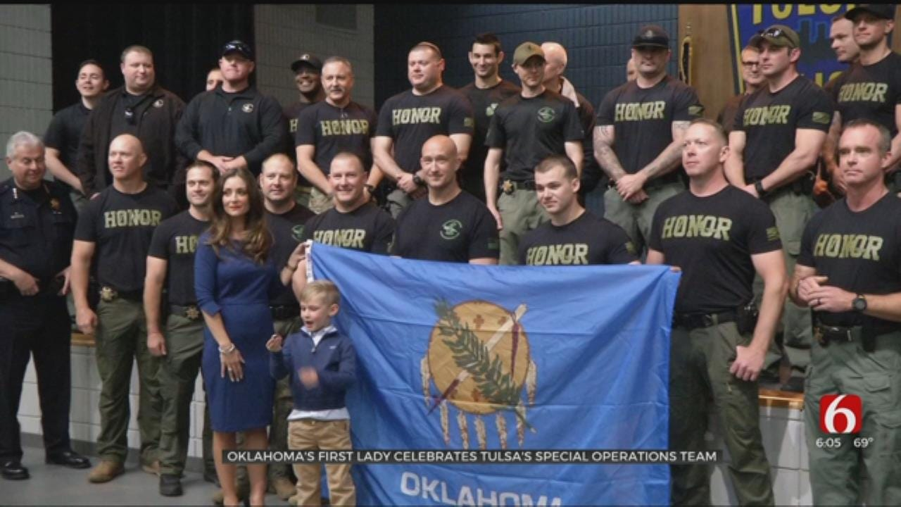 Oklahoma's First Lady Visits TPD Spec Ops Team Before International Competition