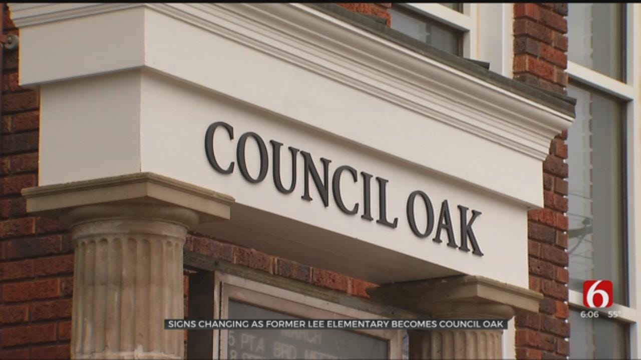 Signs For Lee Elementary Officially Replaced With Council Oak