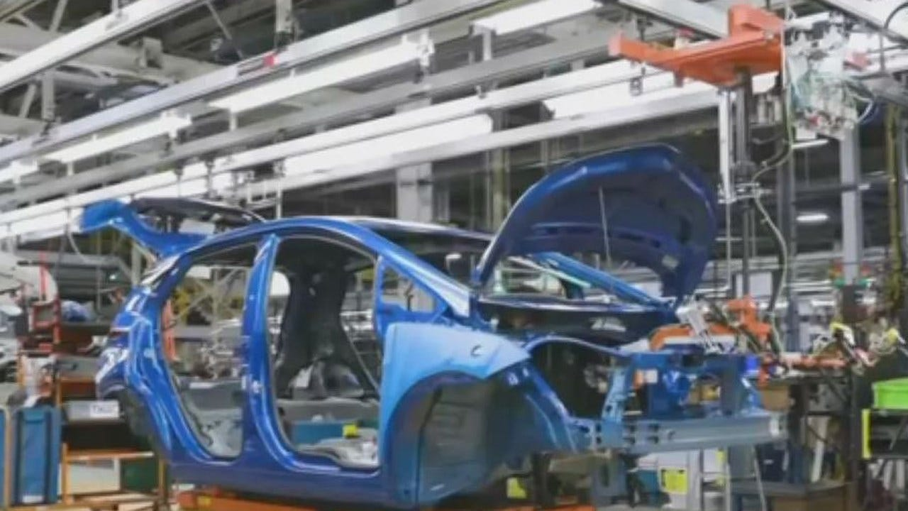 GM Announces Jobs, Electric Vehicle After Trump Criticism