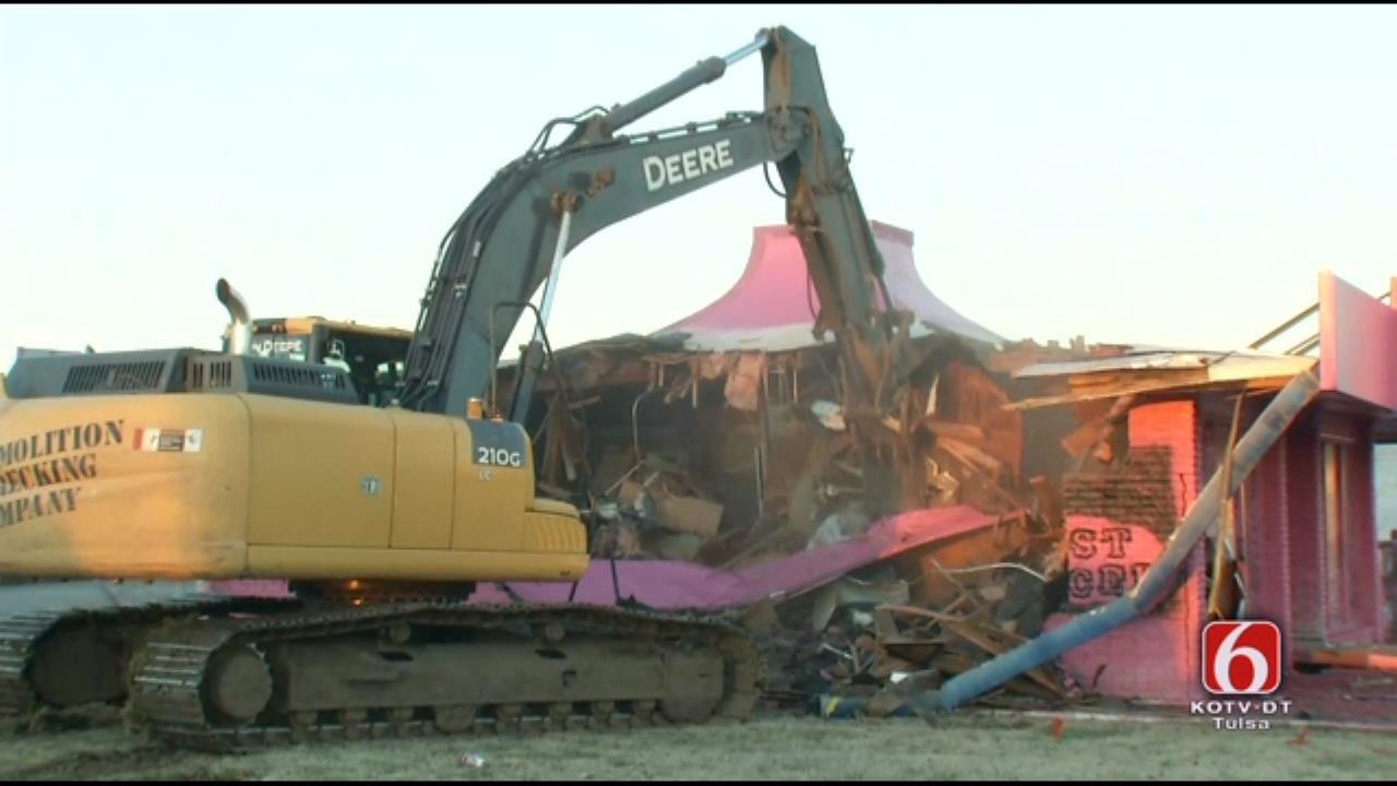 WATCH: Building Demolition At Admiral Traffic Circle
