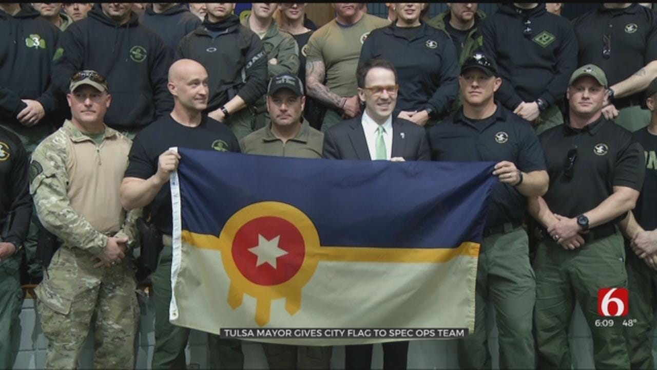 Tulsa Mayor Gives City Flag To Special Ops Teams