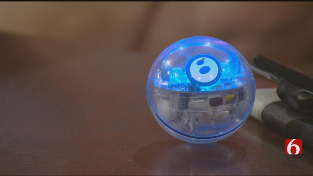 Techno Teens: Tulsa Library Celebrates Teen Tech Months