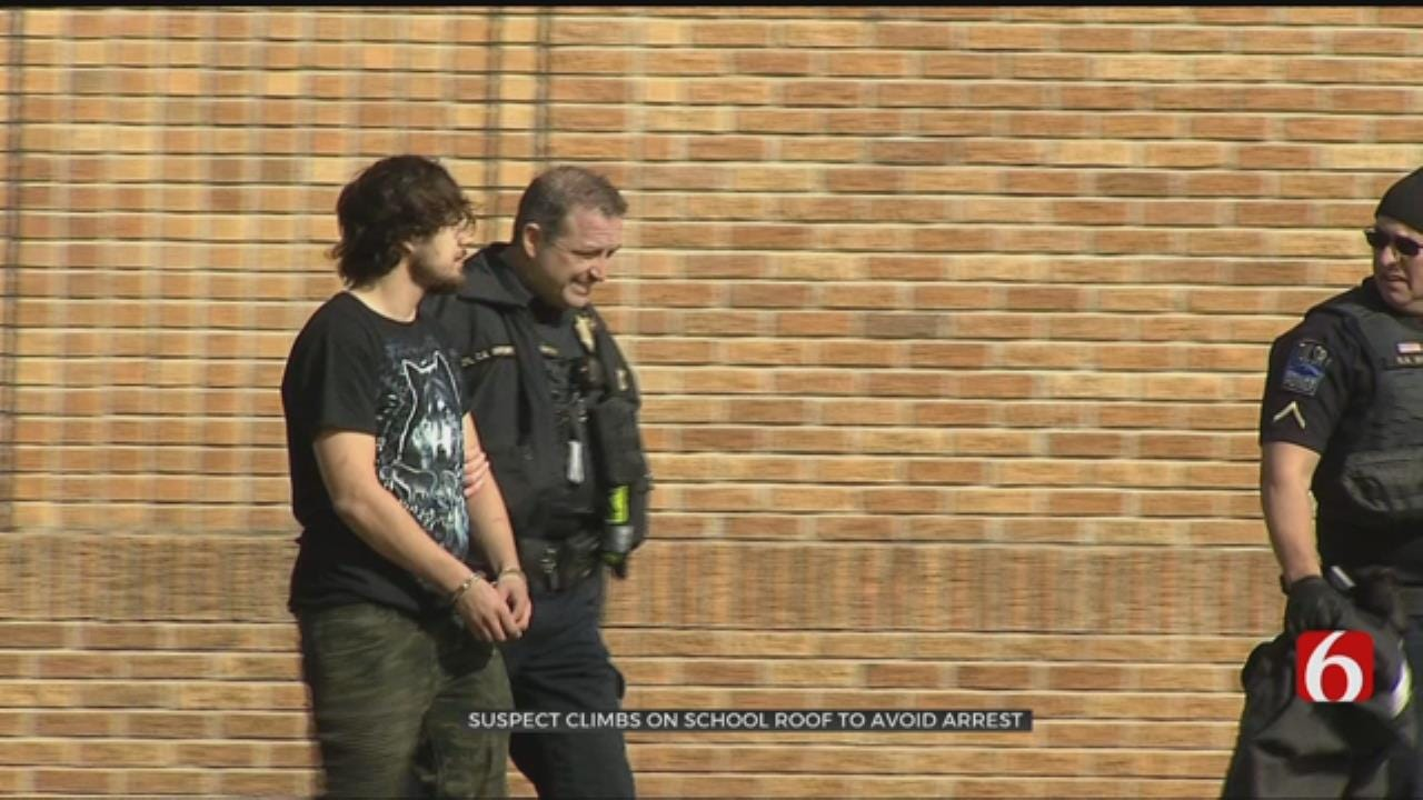 Suspect Climbs On Roof Of Tulsa School During Foot Pursuit