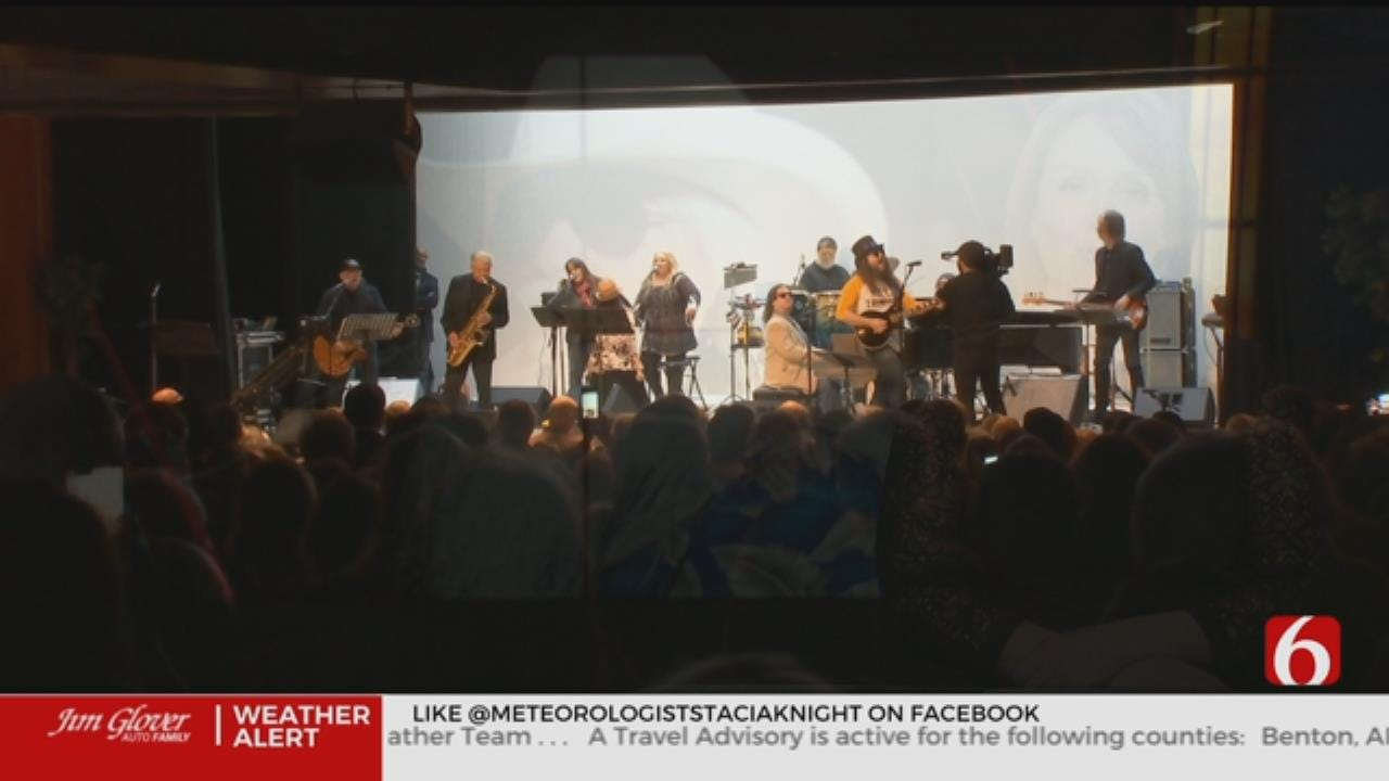 Musicians And Fans Hold Concert In Memory Of Leon Russel