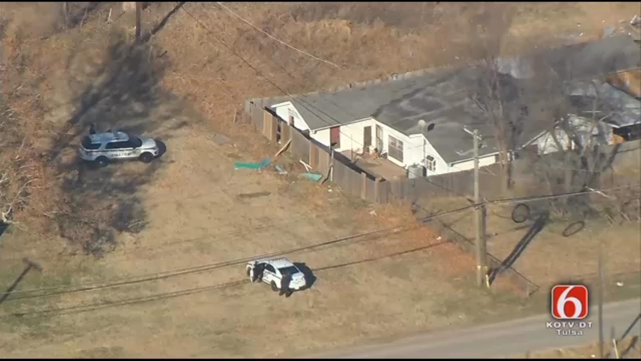 Tulsa Police Surround Home After Stolen Vehicle Found