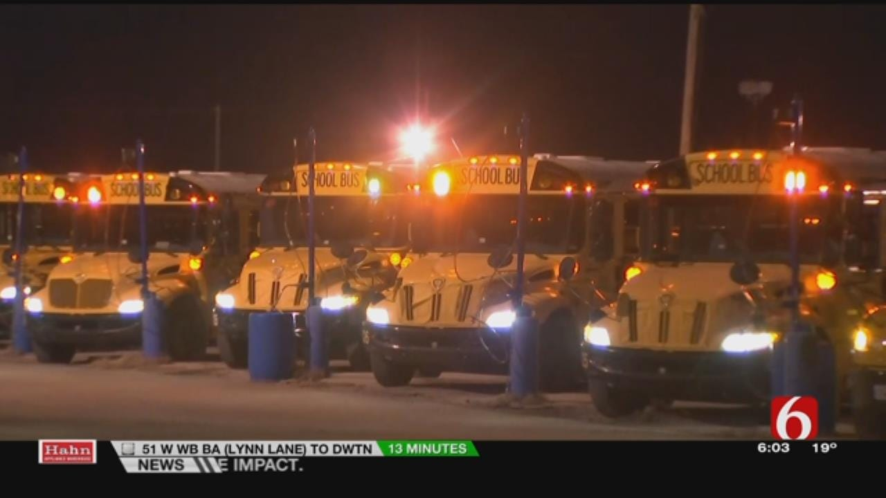 Tulsa Public Schools Prepares Buses For Bitter Cold Morning
