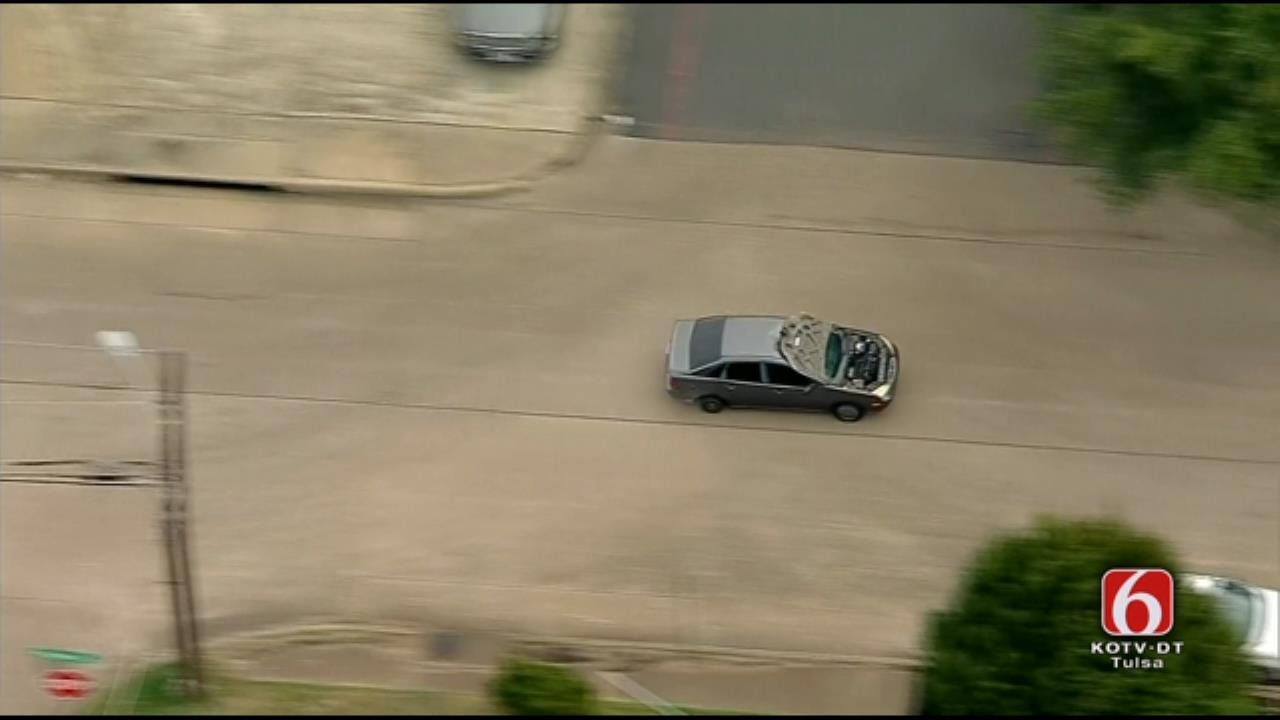 Dallas Police Chase Car With Hood Blocking Windshield