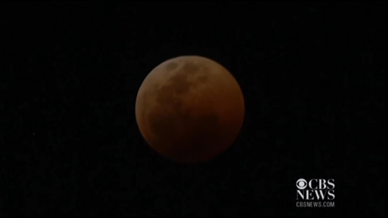 Time Lapse Video Of A Blood Moon From July, 2018