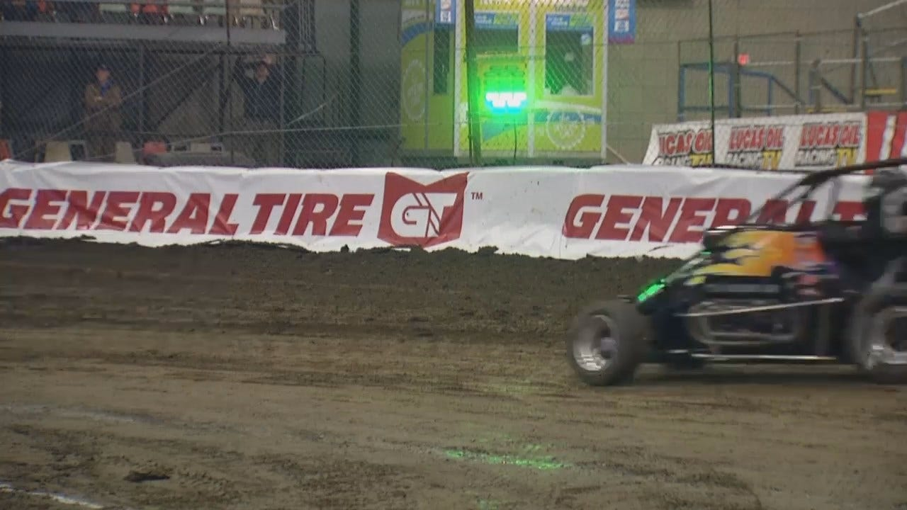Sights & Sounds From Day 1 Of Practice At 2019 Chili Bowl Nationals