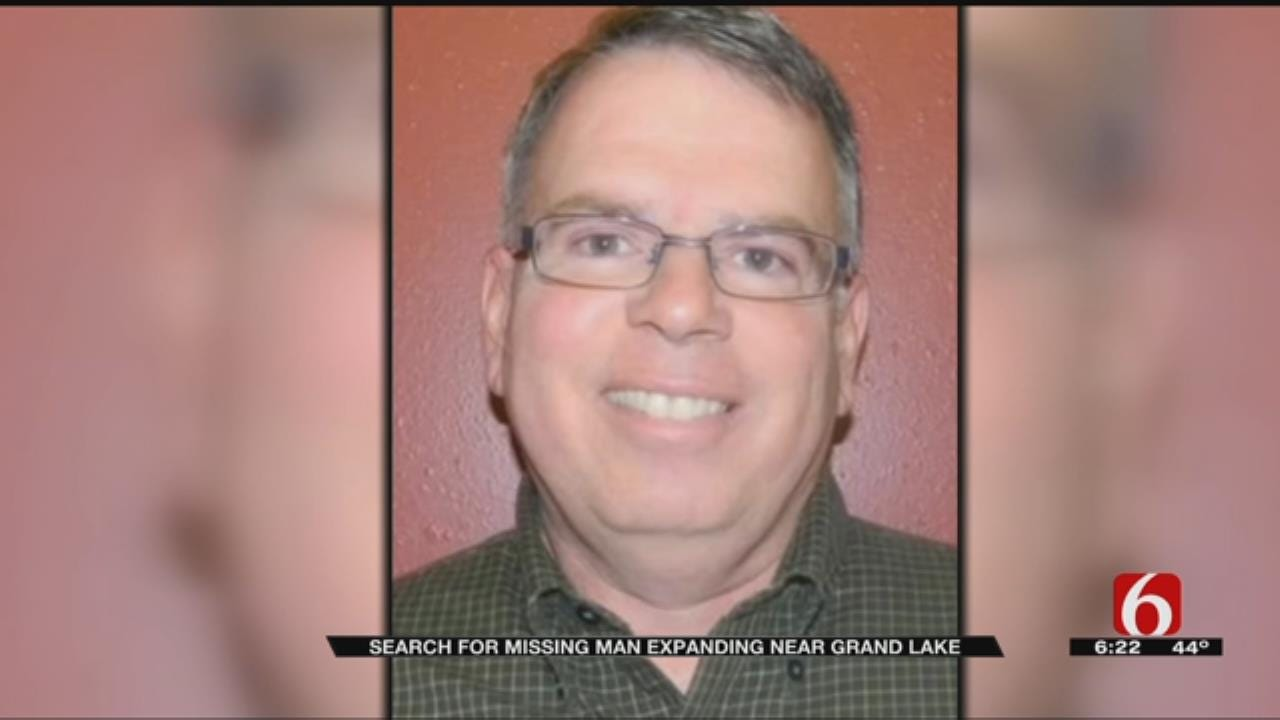 Volunteer Search Teams Look For Missing Ottawa County Man