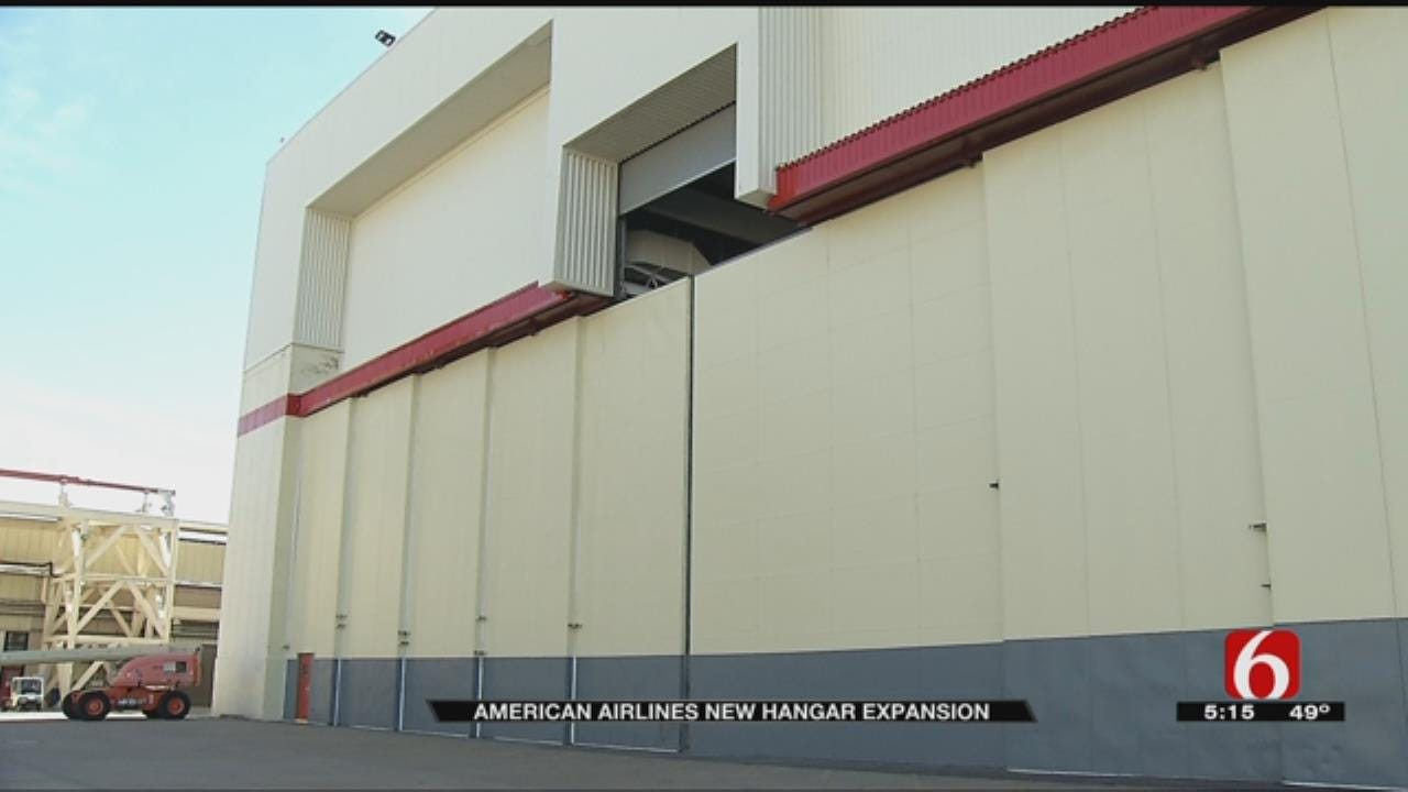 American Airlines Hangar Modification To Allow Bigger Planes