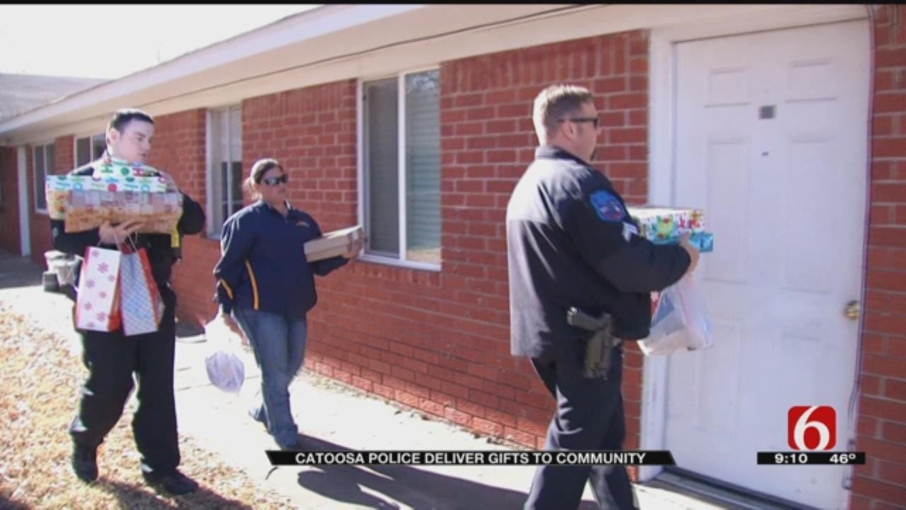 Catoosa Police Deliver Gifts To Community