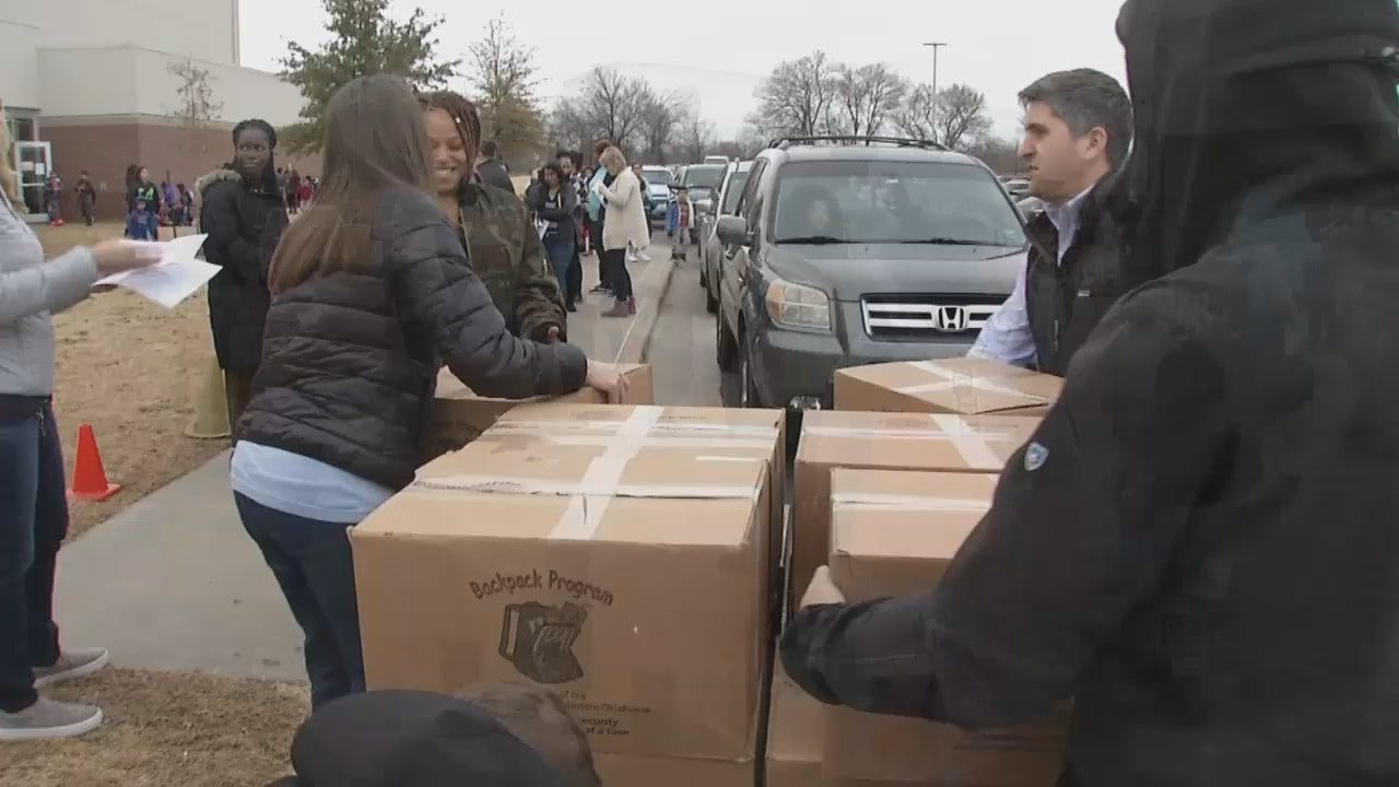 Tulsa Families Given Christmas Meals