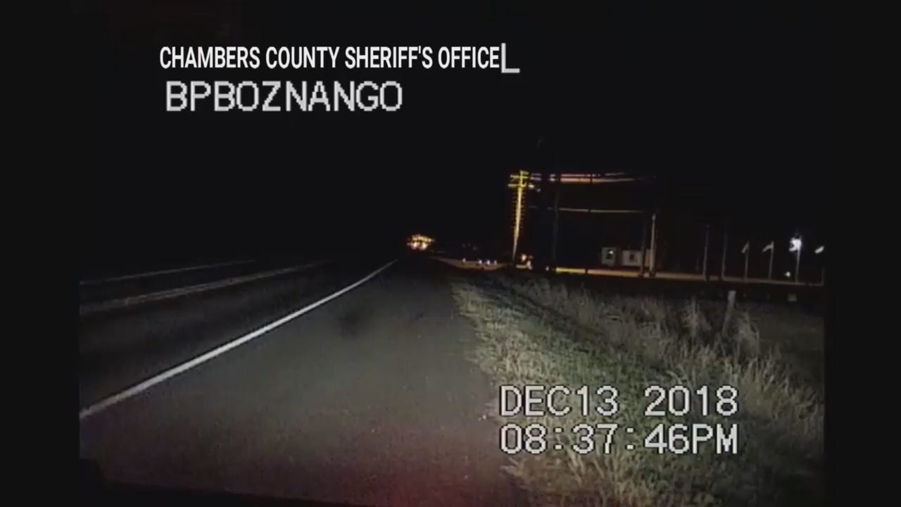 20181218 - TUE0420 Caught on Camera INSERT TX Car, Fire Rescue Reaction.mp4