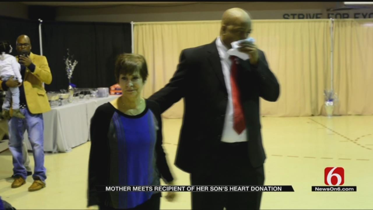 Muskogee Heart Transplant Recipient Meets Donor's Mother