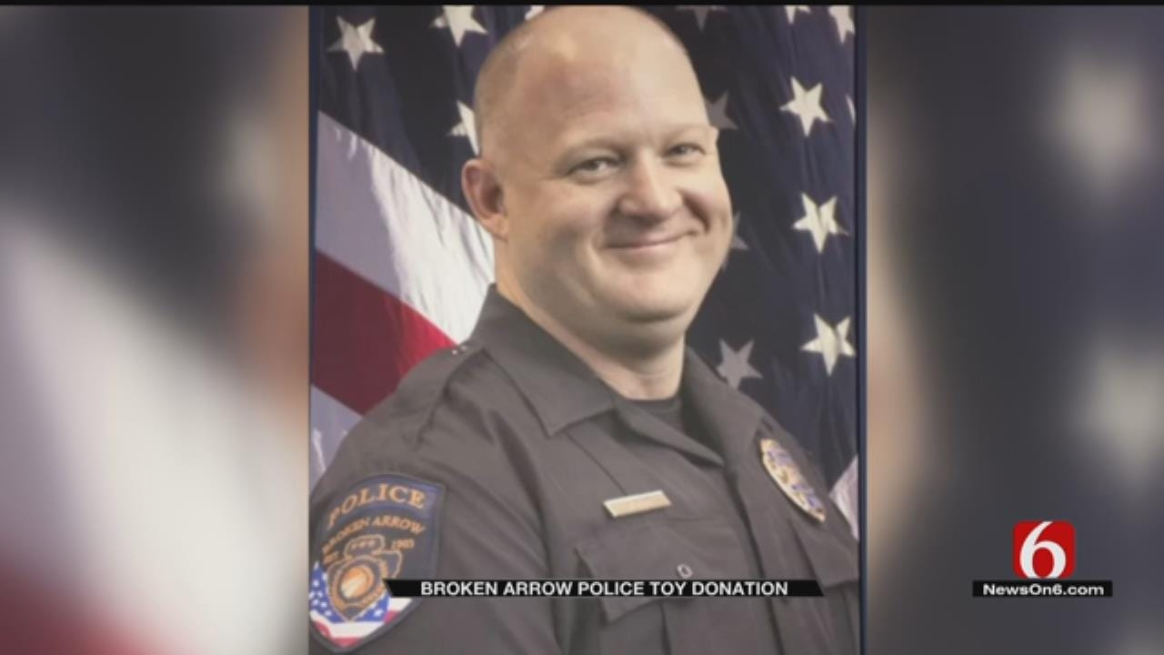 Broken Arrow Police Toy Drive Honors One Of Their Own