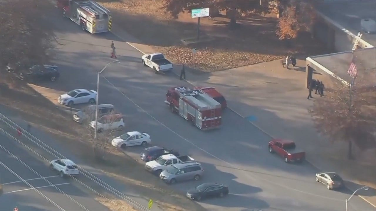 WEB EXTRA: Evacuation Of Clyde Boyd Middle School In Sand Springs