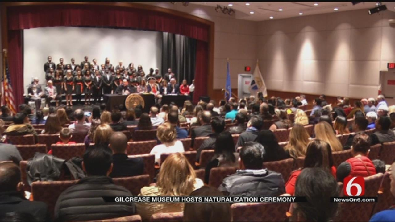 Gilcrease Museum Hosts Naturalization Ceremony