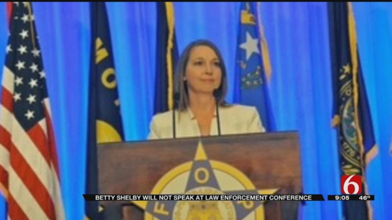 Law Enforcement Conference Rescinds Offer For Betty Shelby To Speak