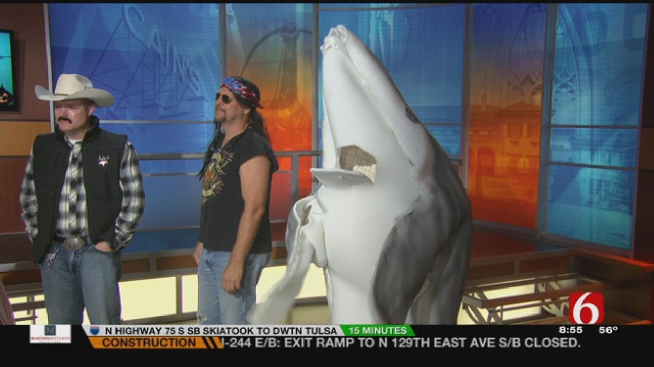 News On 6 Staff Dresses Up For Halloween
