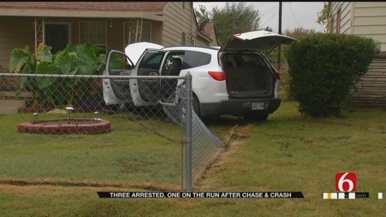 Suspects Crash Through Fence After Chase With Tulsa Deputies