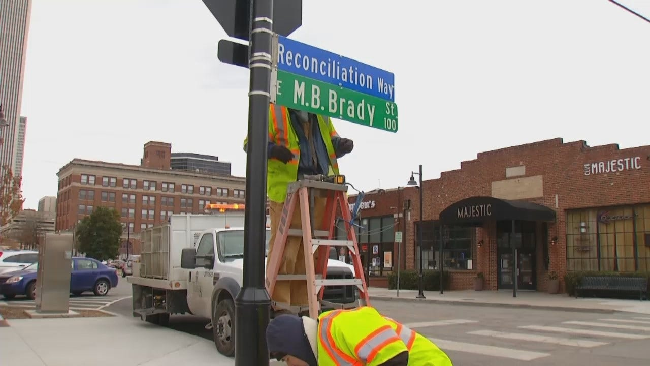 WEB EXTRA: Video Of City Workers Changing Street Signs In 2014 In Downtown Tulsa