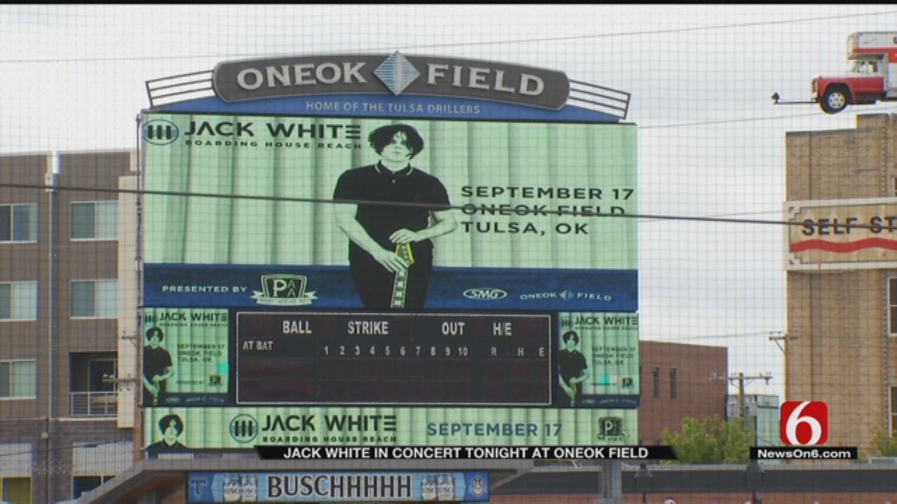 No Cell Phone Policy Not Keeping Jack White Fans Away From ONEOK Field Concert