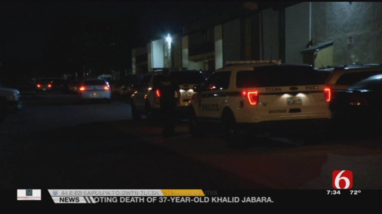 TPD: Robbers Identify Themselves As Police, Kick In Apartment Door