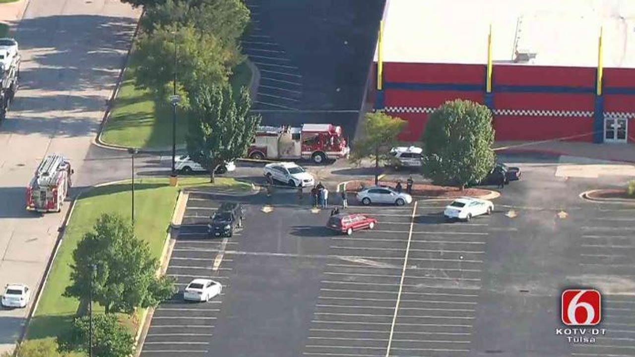 2 People Shot At 71st & Memorial In Tulsa