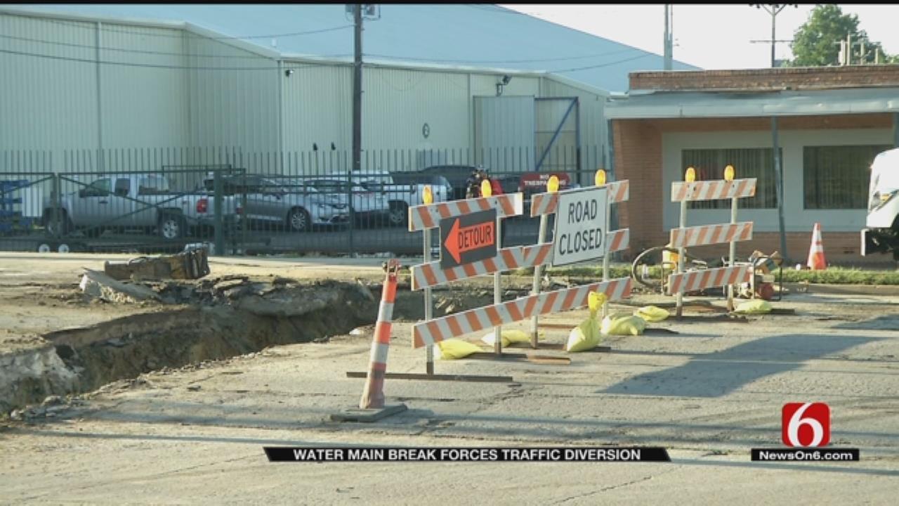 Tulsa Water Main Break Closes Section Of Pine Street