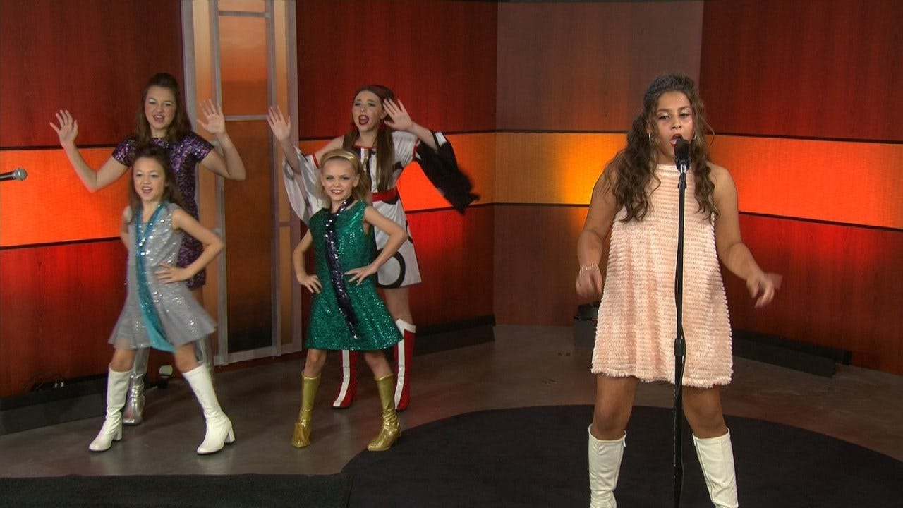 Ava Johnson & 'Oklahoma Kids' Perform On 6 In The Morning