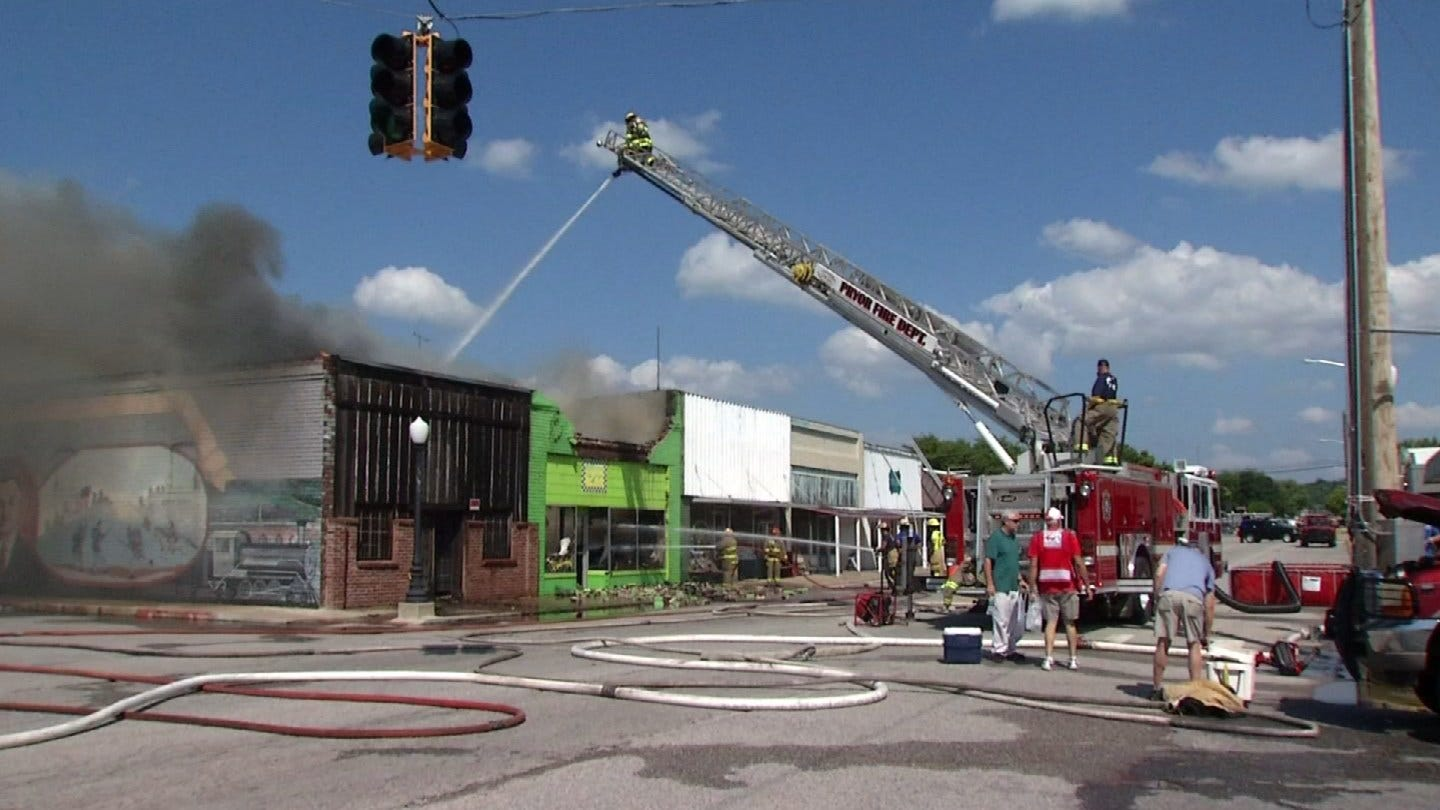 Locust Grove Community Reacts To Downtown Fire