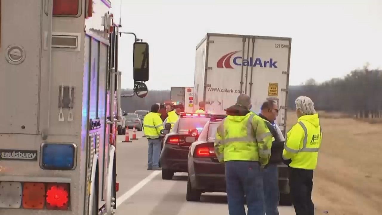 Tow Truck Convoy To Honor Tulsa Worker Killed On Highway