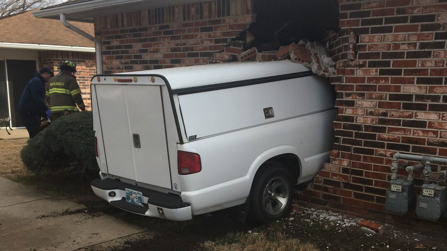 Woman Injured After Truck Smashes Into Bartlesville Apartment