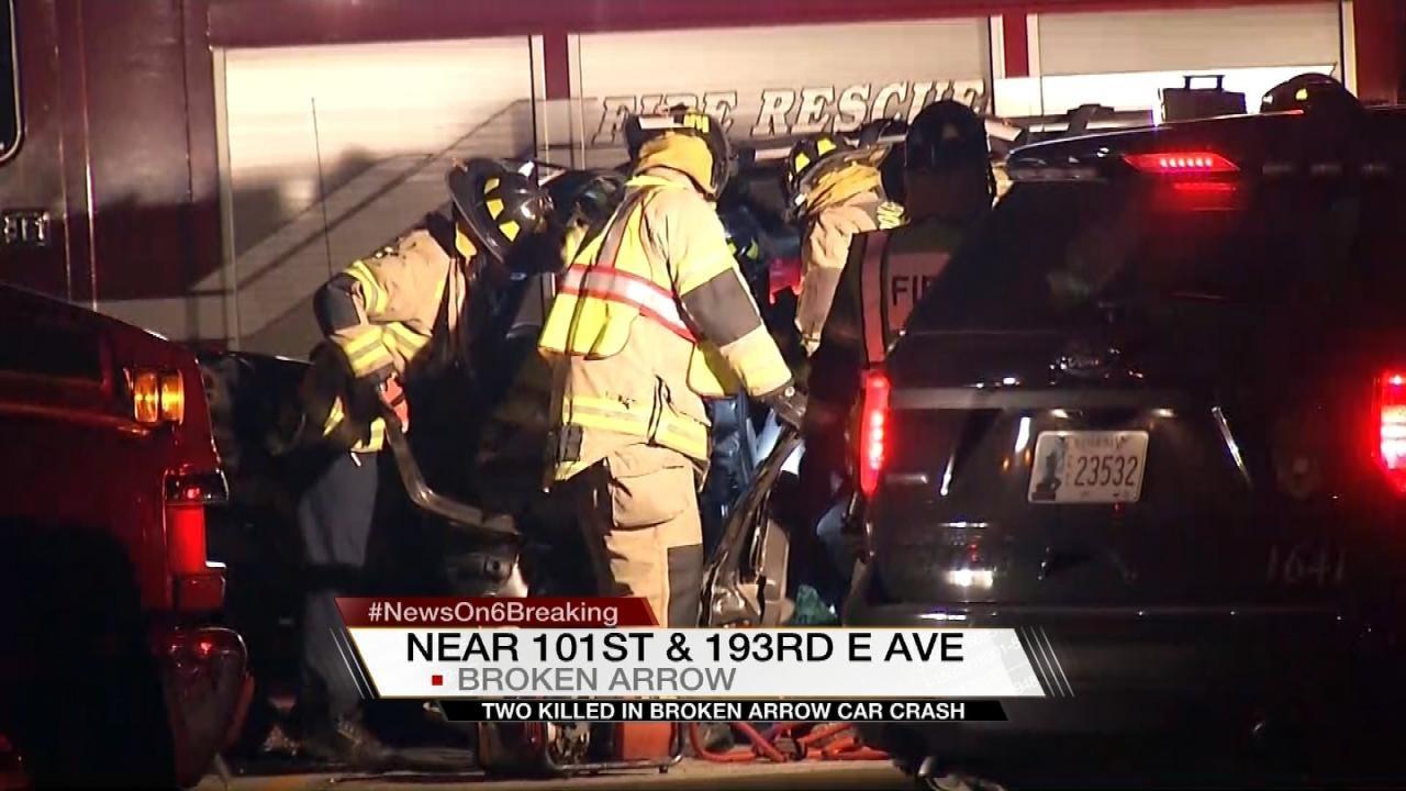 Broken Arrow Crash Leaves Woman, Teen Dead