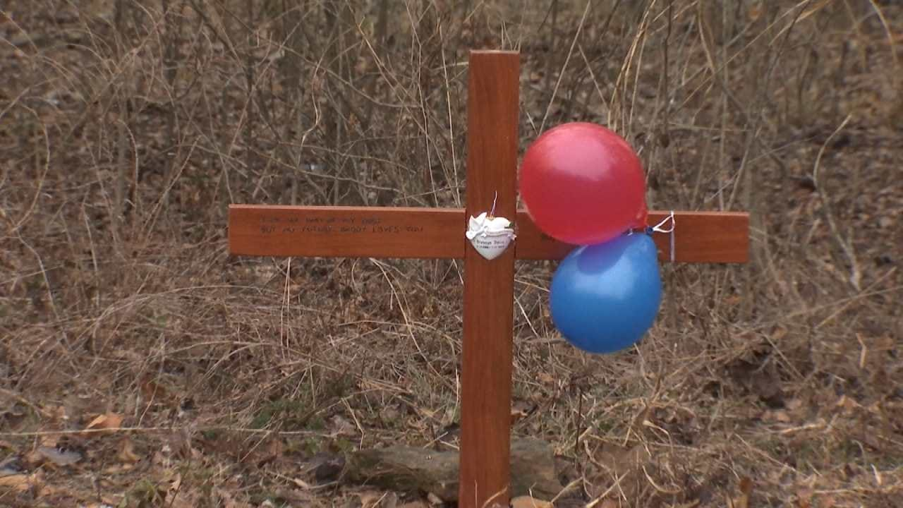 Balloons Released In Remembrance Of Murdered Wagoner Co. Teen