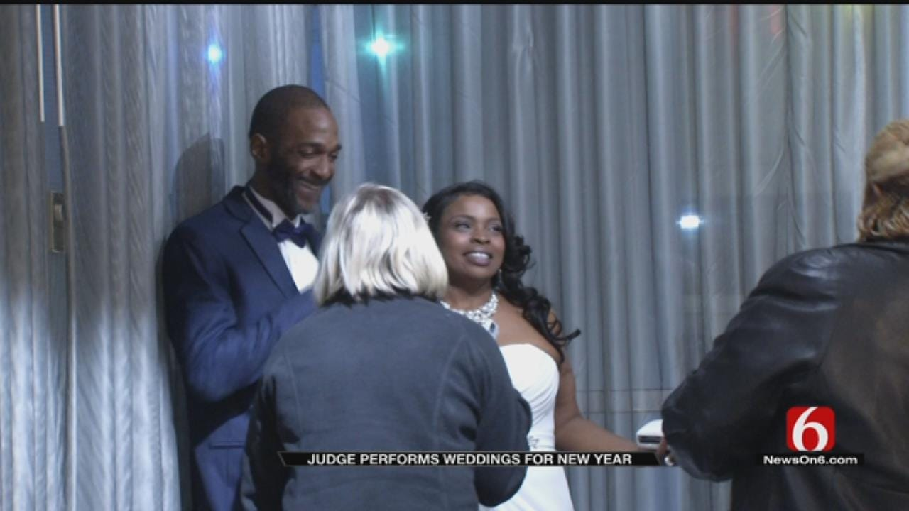 More Than 70 Tulsa-Area Couples Marry On New Year's Eve