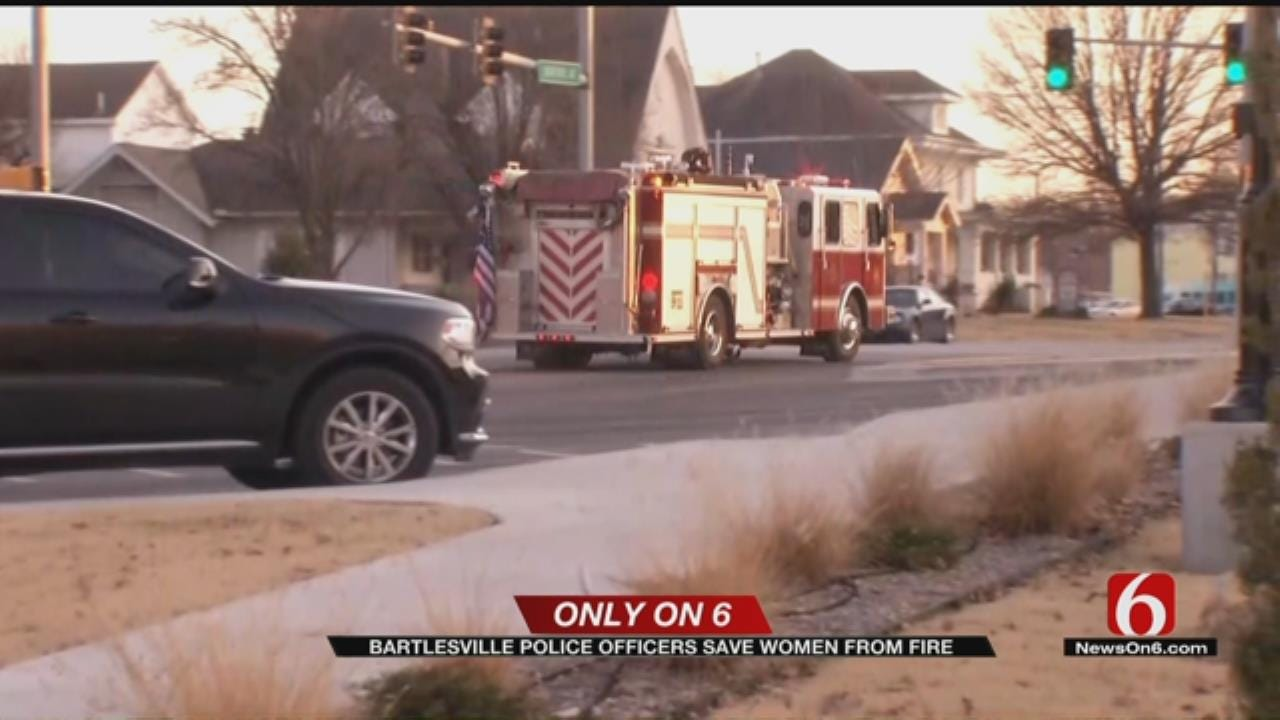 Bartlesville Police Officers Save Women From House Fire