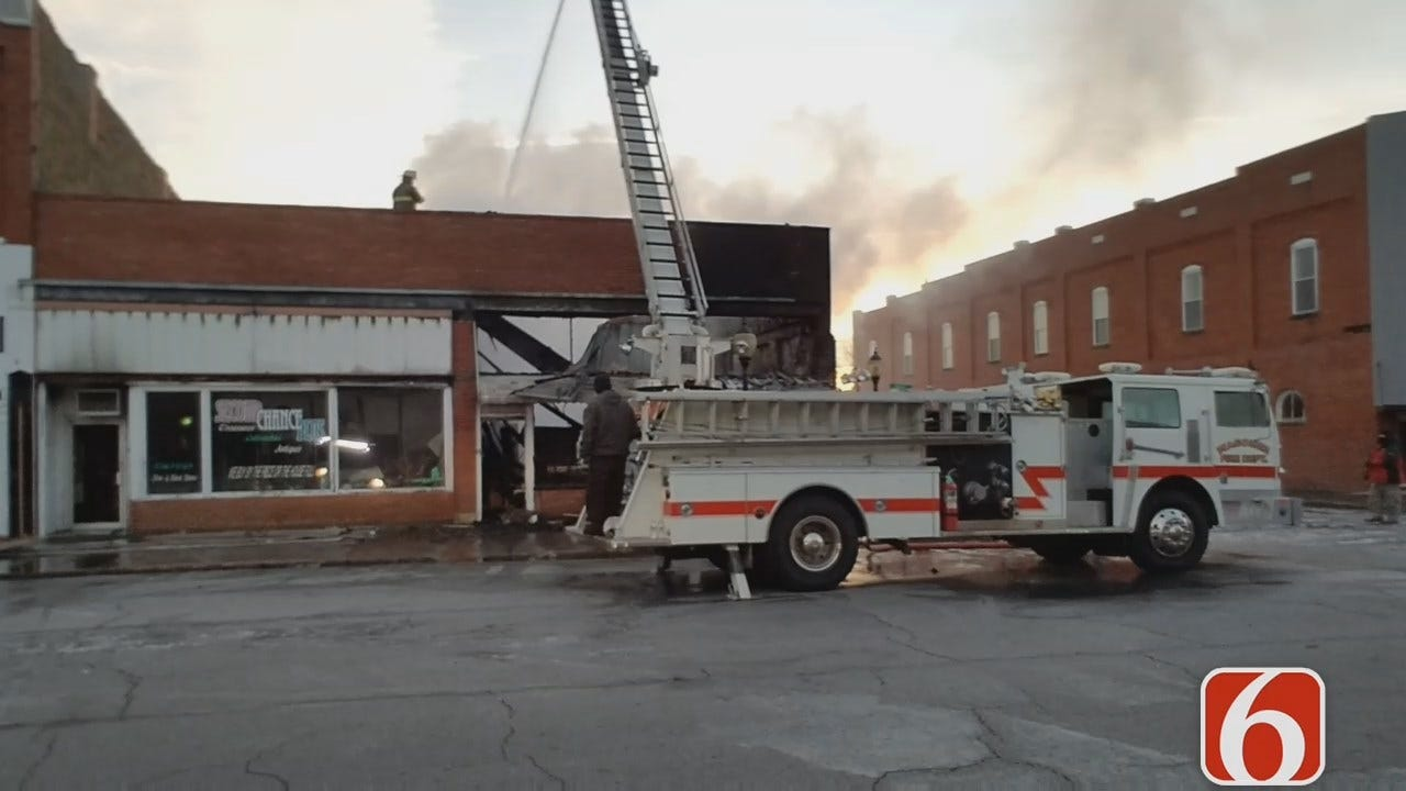 Dave Davis Reports On Downtown Wagoner Building Fire
