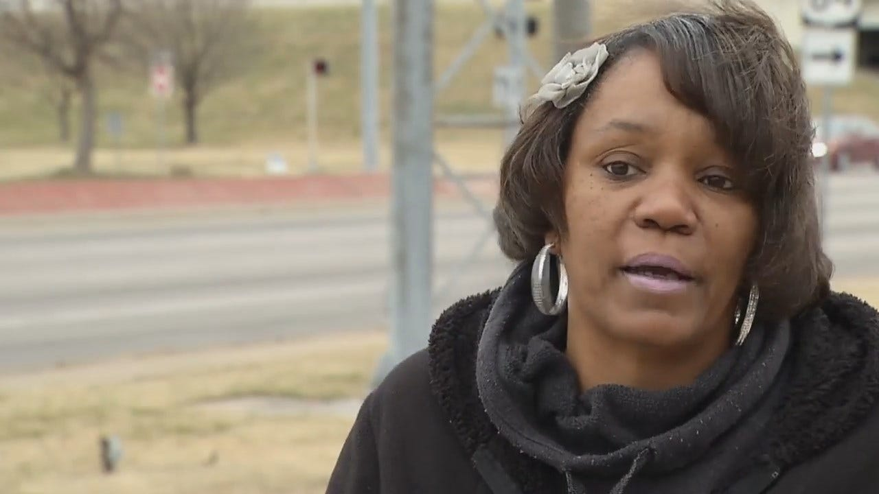 Woman Brings Warmth To Tulsa's Homeless On Christmas