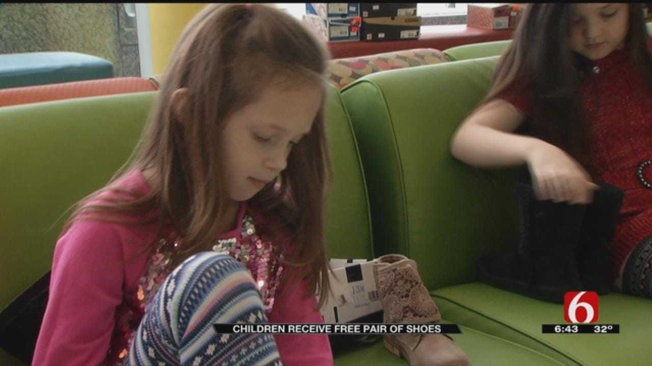 Christmas Comes Early For Pediatric Patients At St. Francis Hospital