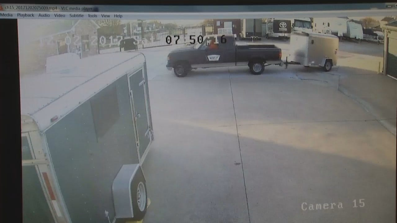 WEB EXTRA: Trailer Theft Surveillance Video