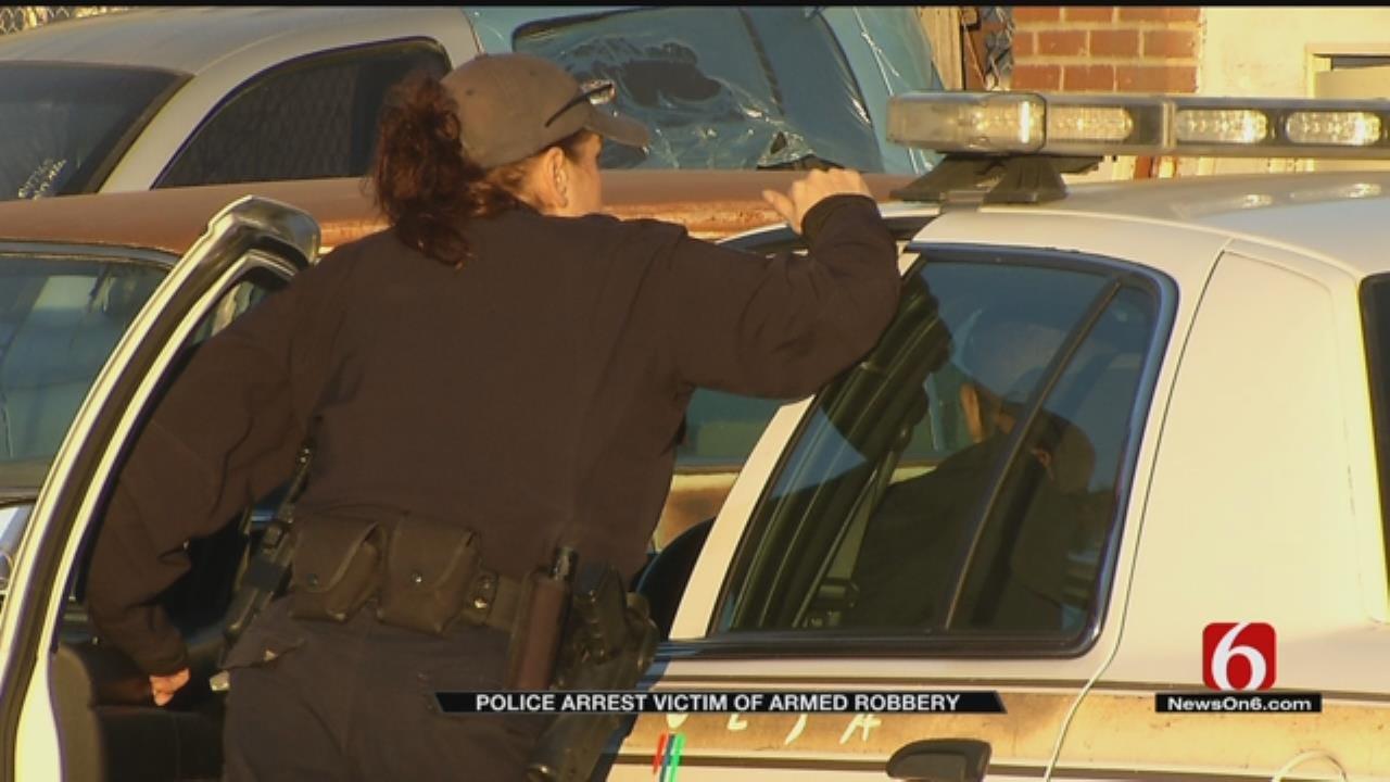 Tulsa Robbery Victim Arrested After Police Arrive