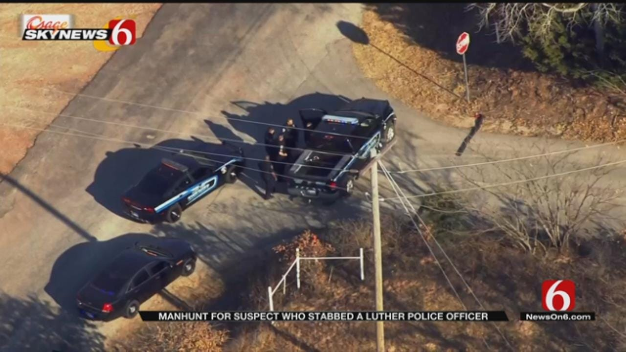 Manhunt For Suspect Underway After Officer Stabbed During Traffic Stop